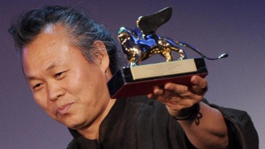 Световноизвестният режисьор Ким Ки Дук почина от Covid - 19