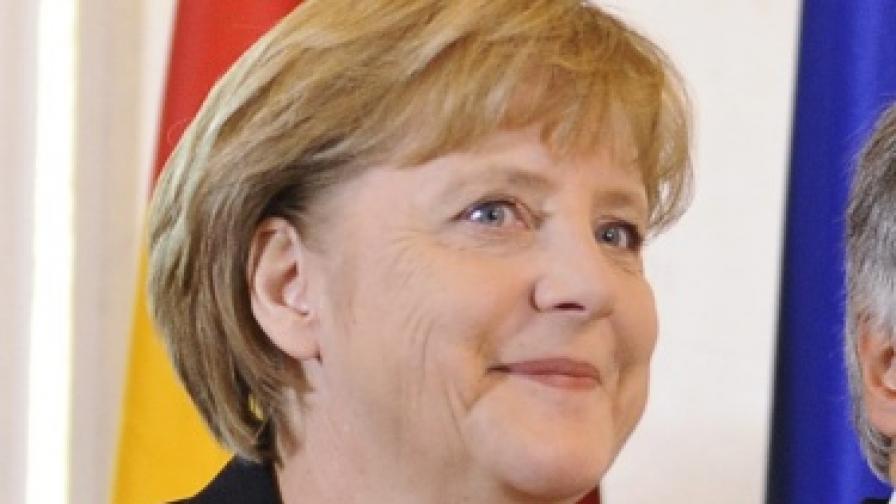 Меркел била дон Корлеоне в женски дрехи