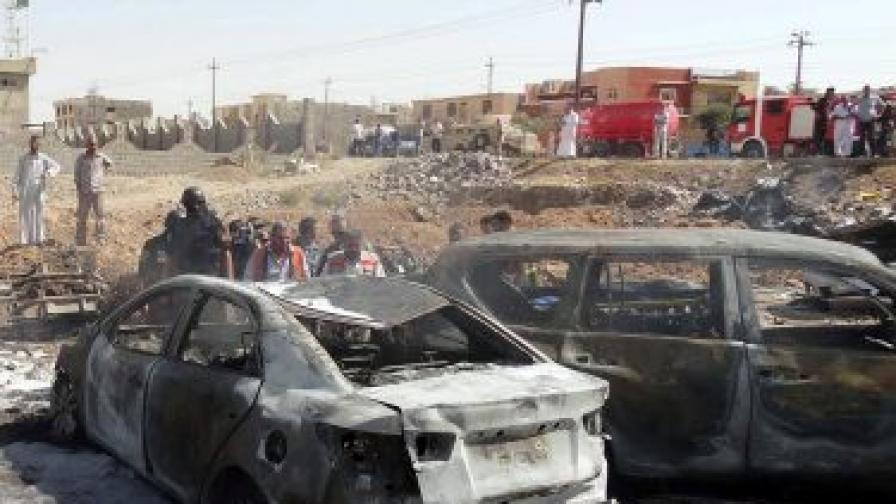 Поредица атентати с коли в Ирак, 32 жертви