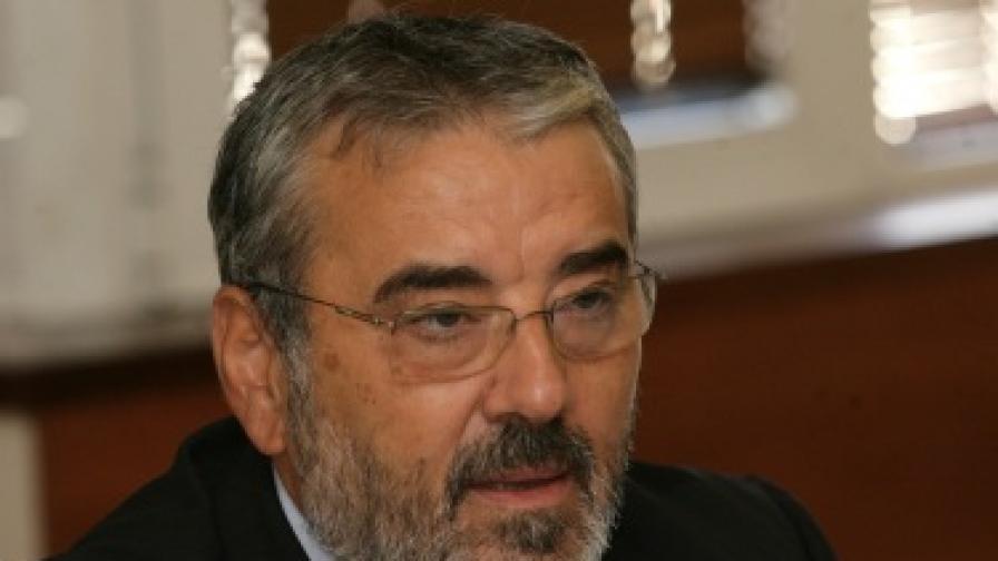 Ангел Семерджиев