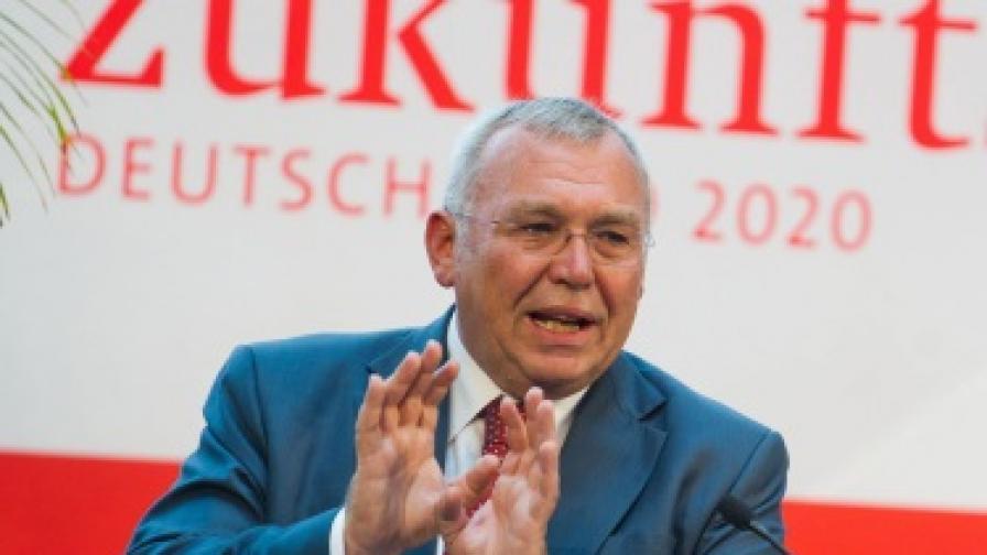 Алфред Гузенбауер: ЕС ще наблюдава изборите в България