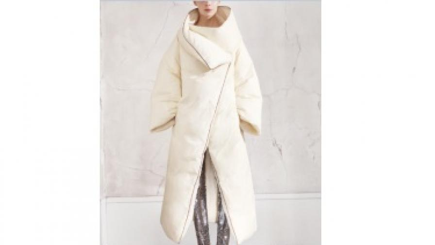 """Модели от новата колекция на модна къща """"Maison Martin Margiela"""", която ще пристигне в България на 15 ноември"""