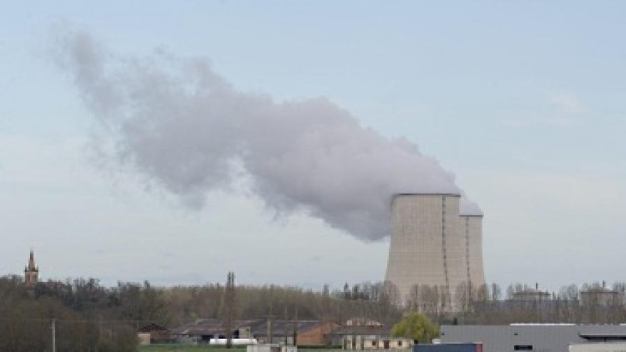 Теч на радиоактивна вода във Франция