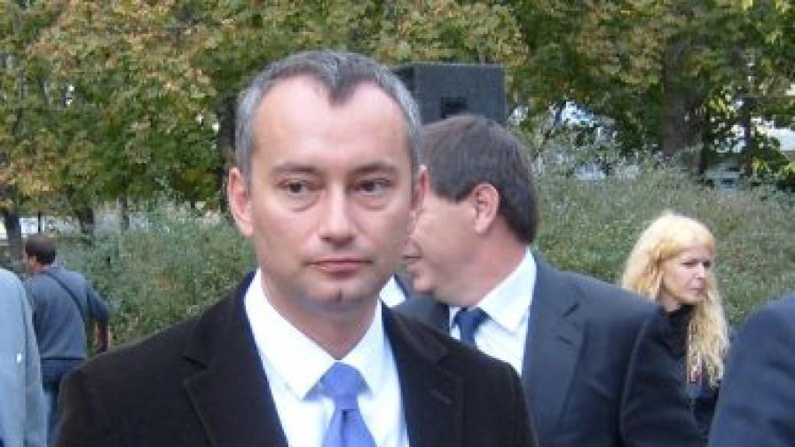 Твърда българска позиция спрямо Скопие