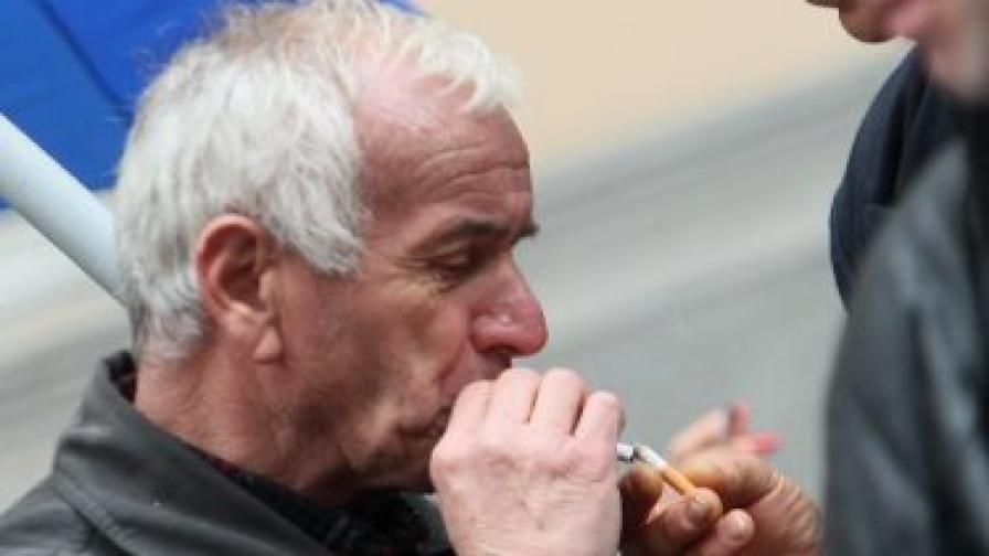 Пушачите отсъстват повече от работа