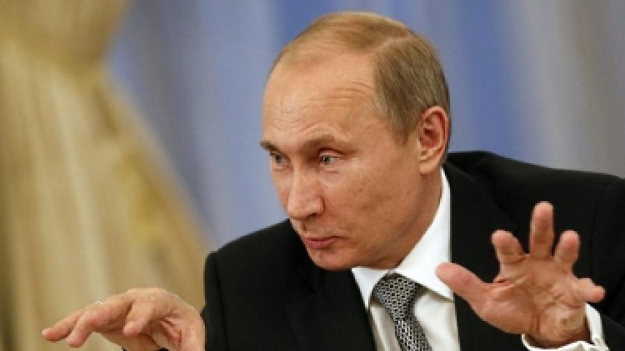 Путин отказа да отговаря на въпроси в пряка линия