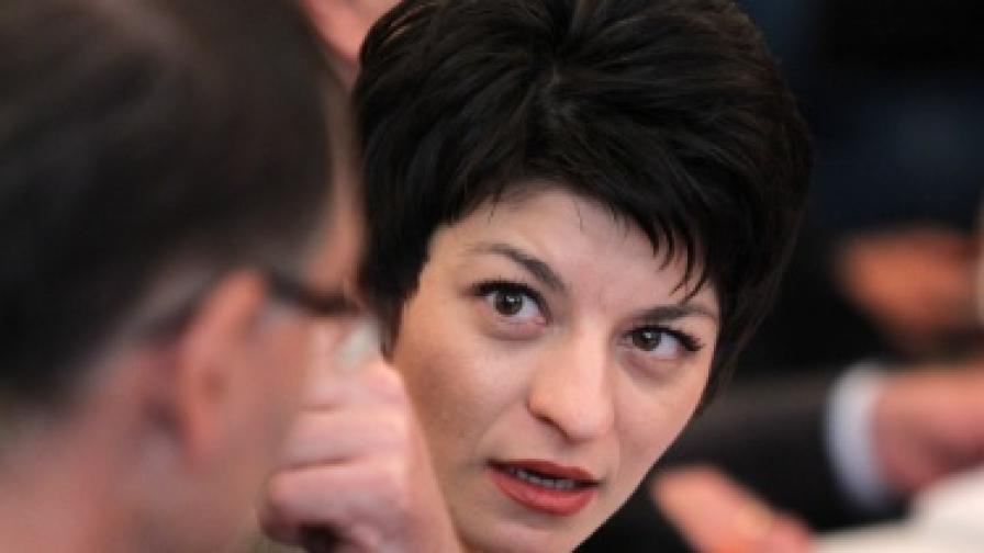Министърът на здравеопазването Десислава Атанасова