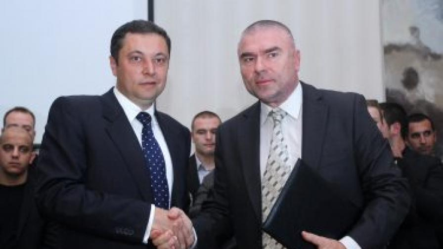 Яне Янев и Веселин Марешки създадоха коалиция
