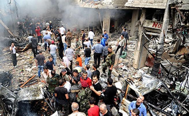 Самоубиец взриви над 50 войници в Сирия