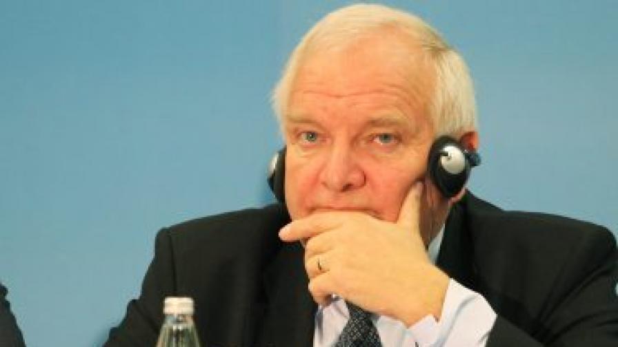 Жозеф Дол: Няма да има доклад на ЕК за България