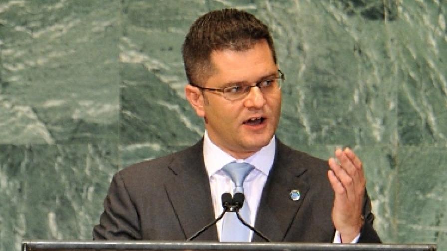 Сръбски ексминистър обръща маси в Ню Йорк