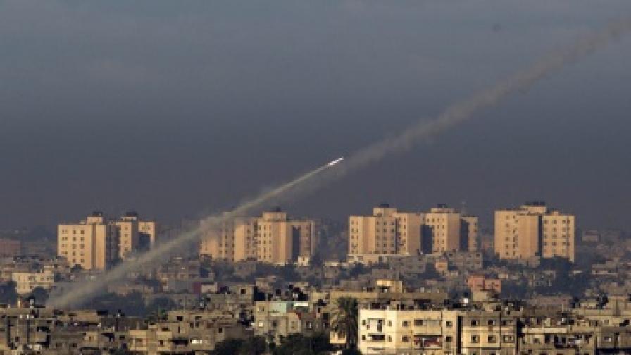 Изстреляни са две ракети от Ивицата Газа към Израел, последва отговор