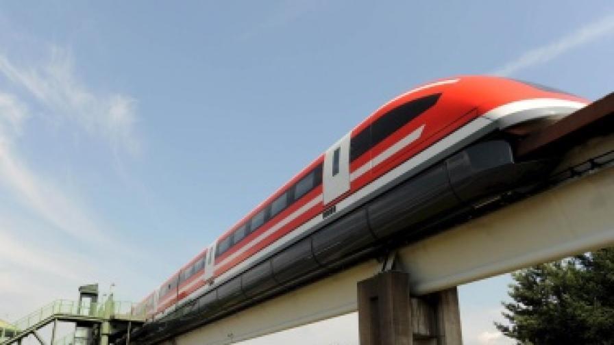 Влак 'маглев' в Германия