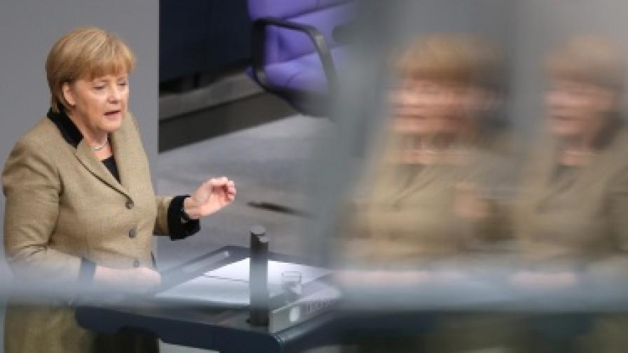 Канцлерът Ангела Меркел по време на дебатите в германския парламент