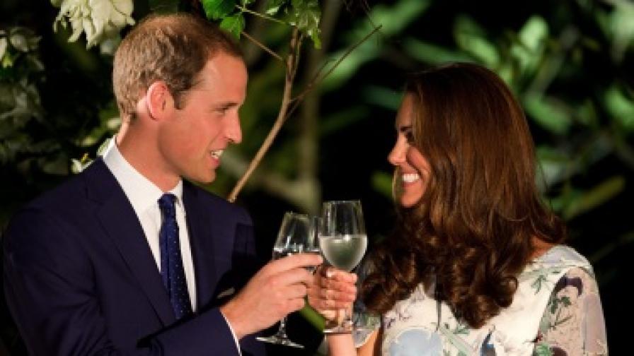 Принц Уилям и Кейт чакат бебе