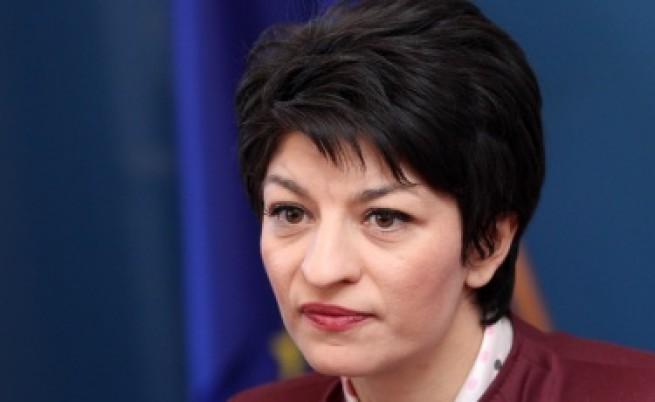 Атанасова: Недопустимо е в болница в България в 21 век да не бъде приет пациент