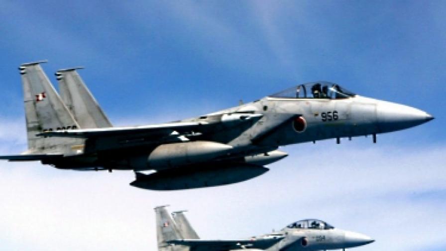 Япония прати изтребители срещу китайски самолет