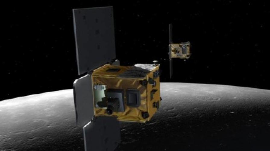 Две сонди на НАСА се врязаха в Луната