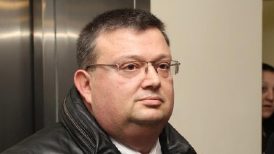 Президентът подписа указ за назначението на Цацаров
