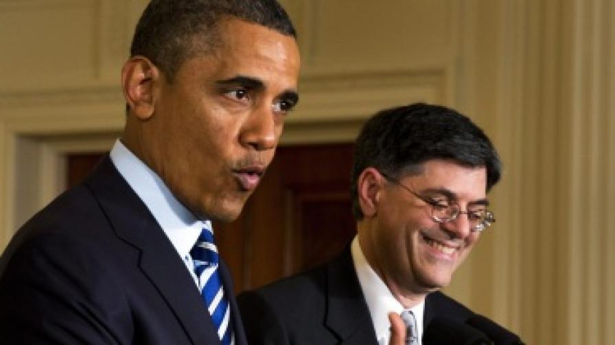 Барак Обама (л) и Джак Лю