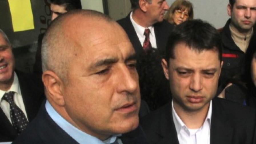 """Борисов показа писмо от 2008 г. с цена на АЕЦ """"Белене"""" 10 млрд. евро"""