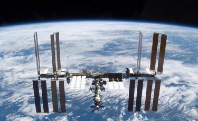 Русия ще качи космически туристи на МКС през 2021 г.