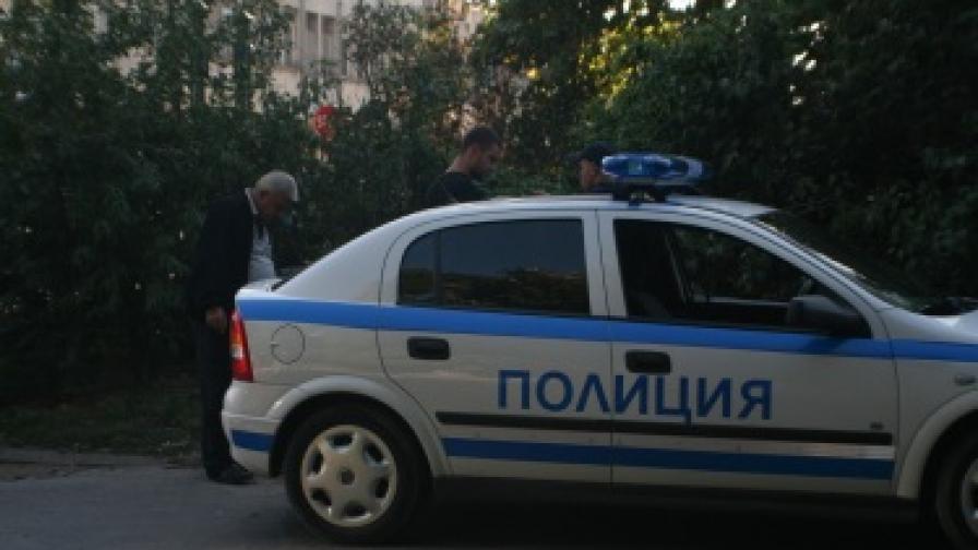 Пиян шофьор обърка колата си в Ботевград