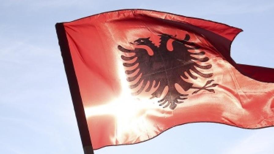 Албания: Да не излизаш от дома си поради страх