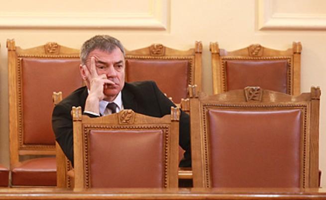 Министър Сергей Игнатов подаде оставка