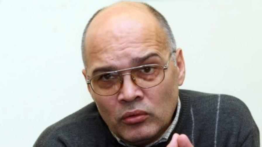 Тихомир Безлов: Стрелбата не е просто криминален инцидент