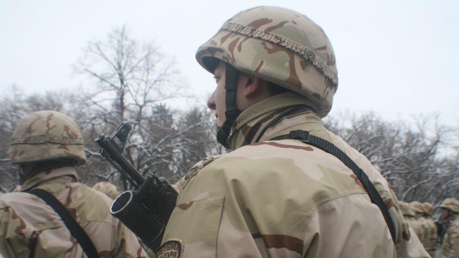 217 български военни се върнаха от Кабул