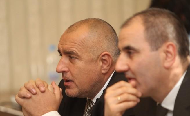 Цветанов: Никой не изнудва премиера