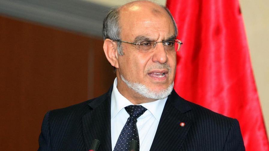 Премиерът на Тунис подаде оставка