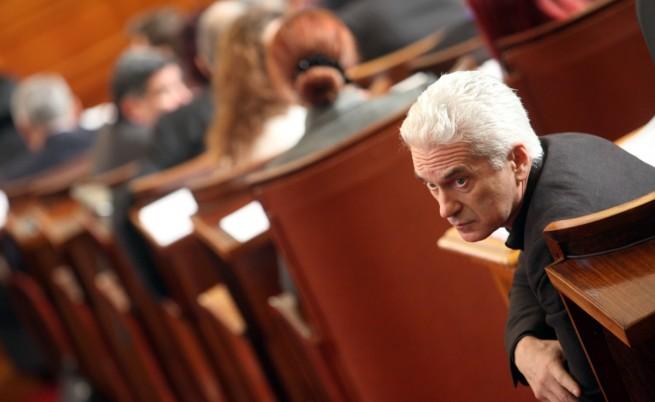 Сидеров: Борисов се държи като обидено дете