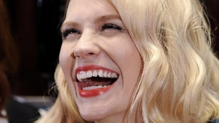На кого се усмихваме по седем пъти на ден