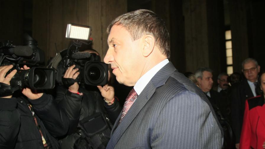 Алексей Петров: Въпросът в момента е къде е детето на Брендо