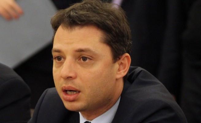 Делян Добрев: С новите цени на тока бизнесът ще плаща по-малко