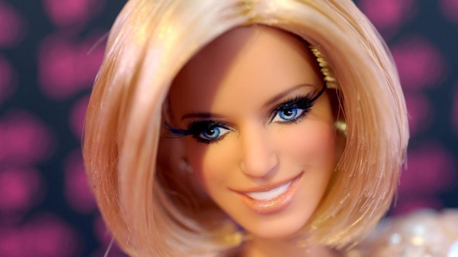 Американец събра 3000 кукли Барби