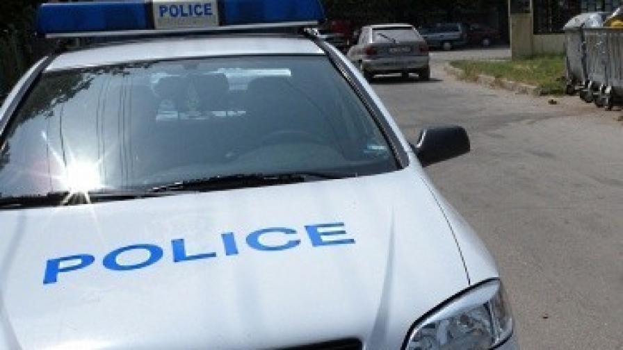 Маскирани ограбиха хранителен магазин в Перник