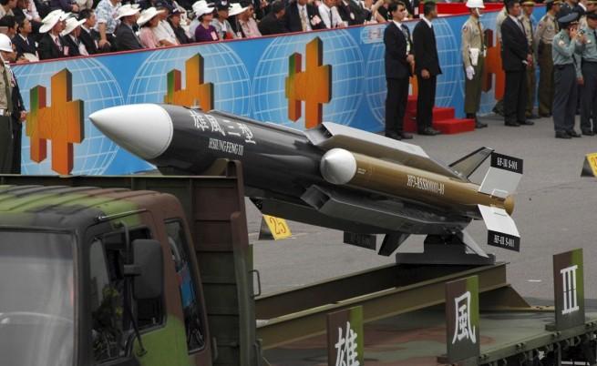 Тайван насочва 50 ракети със среден обсег срещу Китай