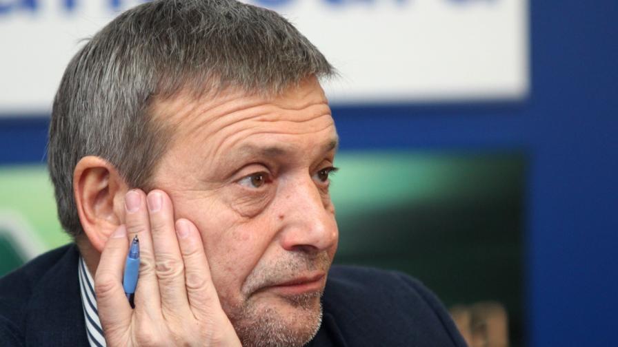 Бавят България за еврозоната заради КТБ, посочи Красен Станчев