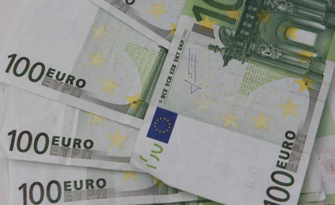 Милиони изтекли от затворените кипърски банки