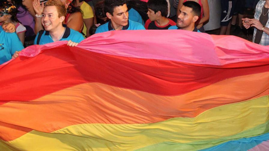 Годишно около 800 турци сменят пола си