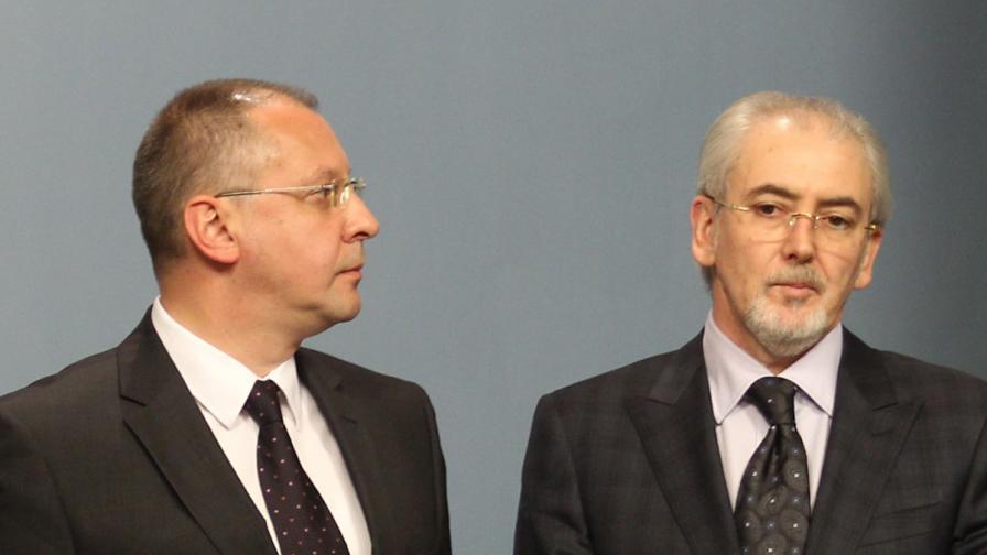 Лидерът на БСП Сергей Станишев и председателят на ДПС Лютви Местан
