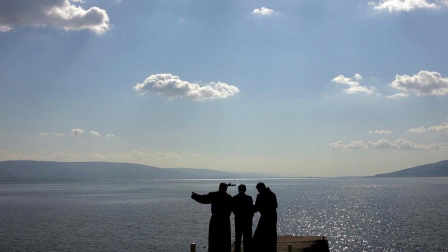 Откриха тайнствен монумент на дъното на Галилейското езеро