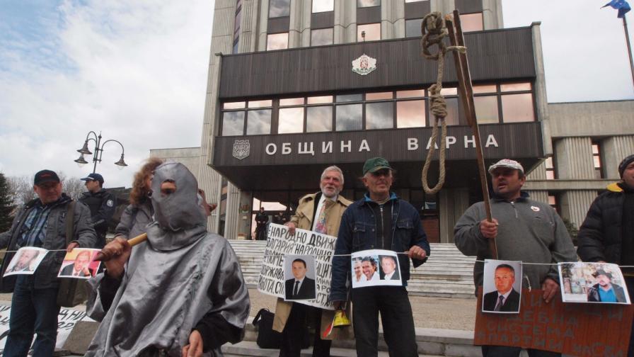 Изпълняващият длъжността кмет на Варна е подал оставка