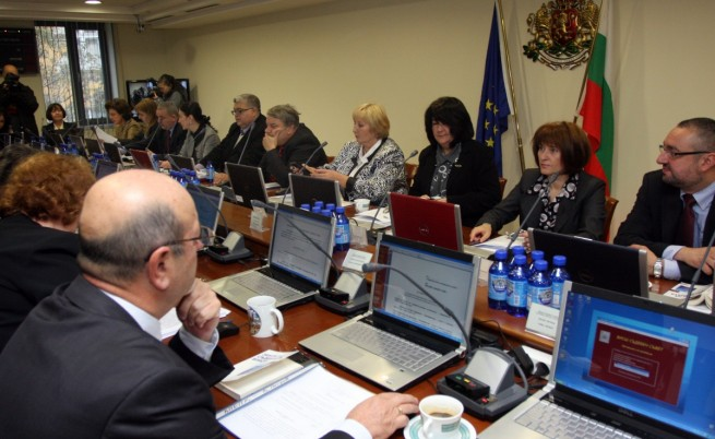 Член на ВСС: Трябва промяна или скандалите ще продължат