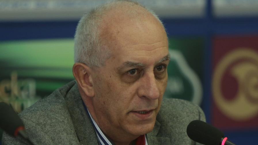 "Юрий Асланов е собственик и управител на социологическа агенция ""АФИС"""