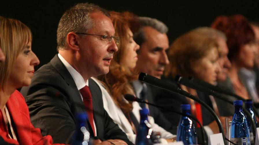 """Станишев иска бързи разговори с ДПС и """"Атака"""""""