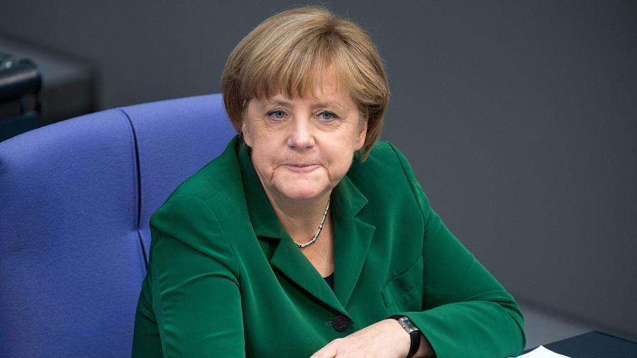 Ангела Меркел отрече твърдения за комунистическото й минало